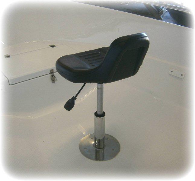 nowe_fotele_lodzie_1